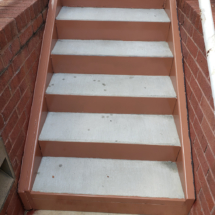 outside-stairs-001
