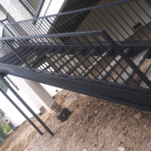 outside-stairs-002
